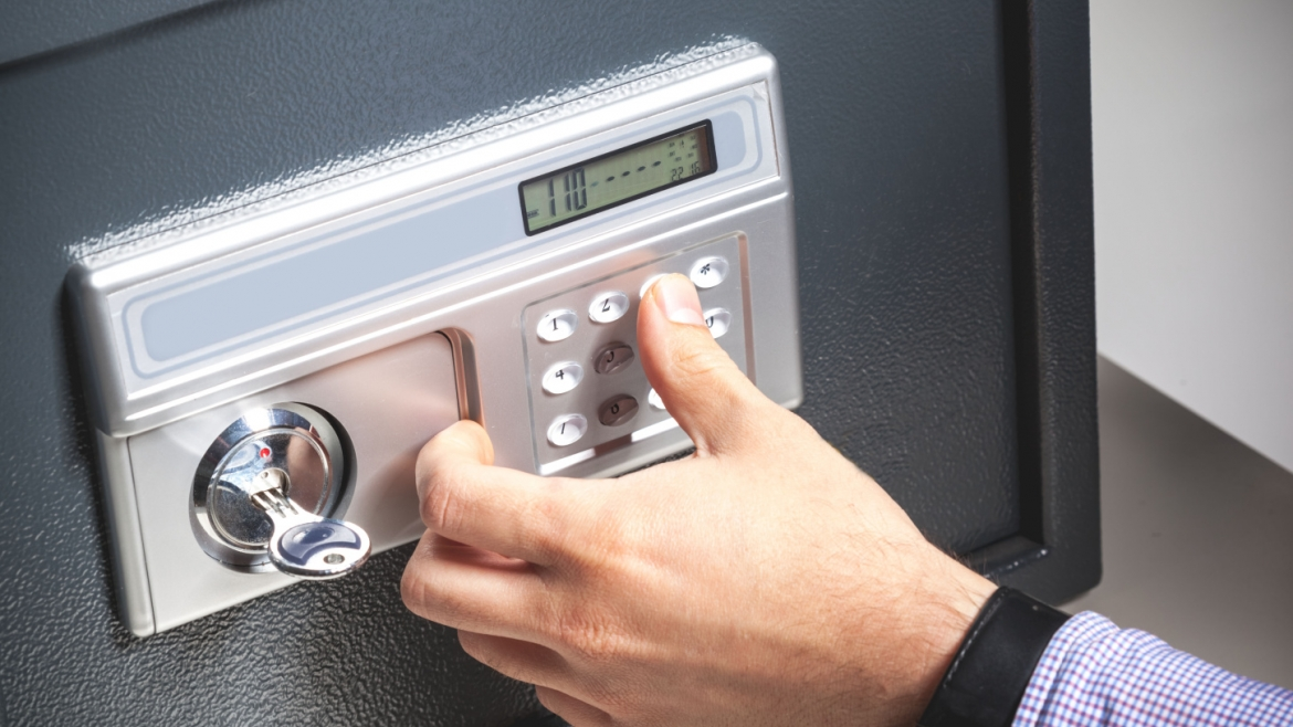 Residential and Commercial Safe Installation and Service In Omaha