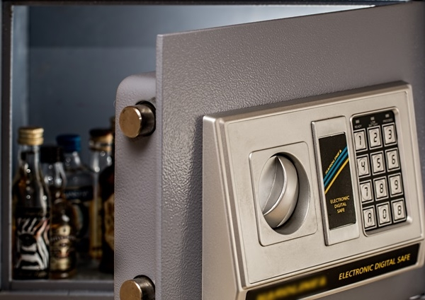 wall safe electronic Carl Jarl Locksmiths Omaha